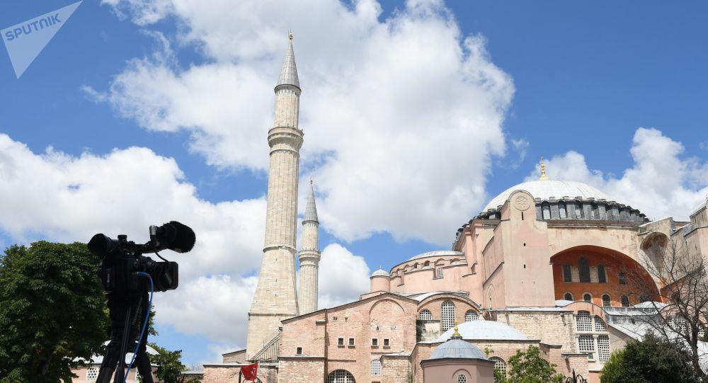 土耳其总统:已签署命令 批准将索菲亚博物馆改为清真寺