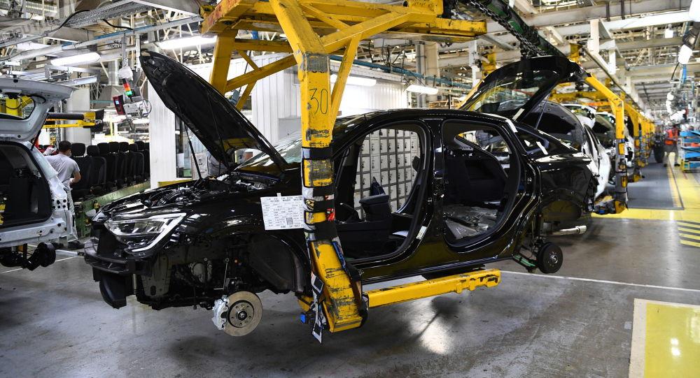 俄工贸部长:俄罗斯今年新车销量将减少25-30%