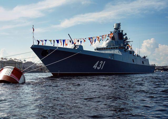 """""""卡萨托诺夫海军上将""""号护卫舰"""
