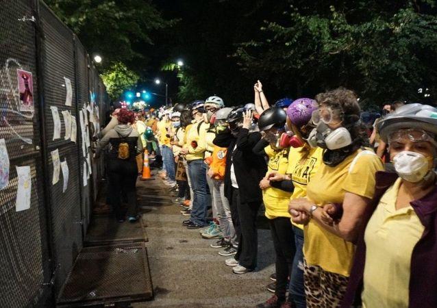 波特兰抗议者