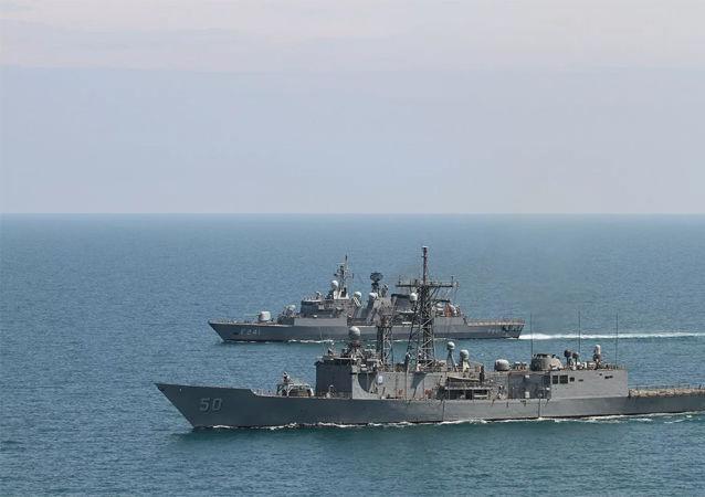 土耳其与美国举行地中海军演
