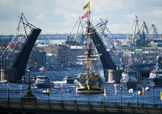 俄海军总司令:俄海军正在进行全面更新