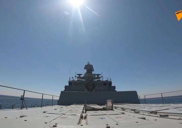 """""""悬崖""""反舰导弹和""""施基利""""舰空导弹系统在黑海双边演习中发射了导弹"""