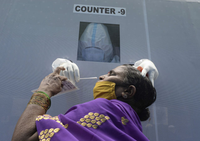 印卫生部:印度单日新增新冠病毒感染病例创最高纪录超7.8万例
