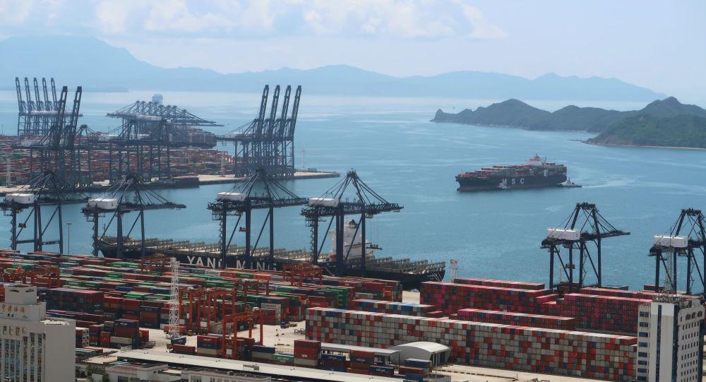 中国海关总署:1-9月中国进出口总值超23亿元