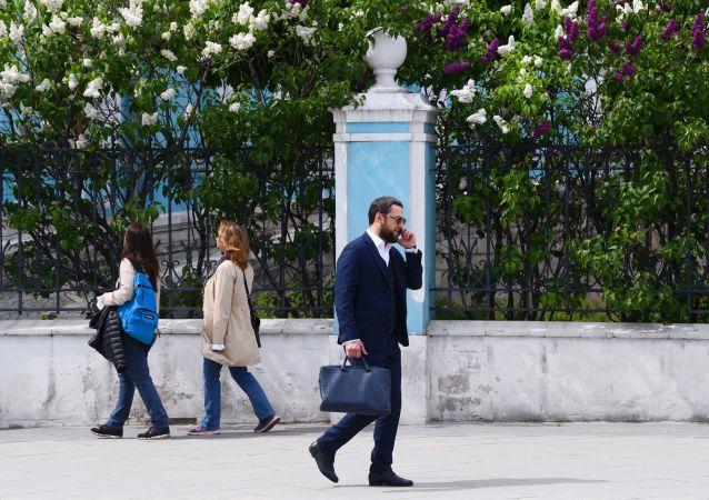 民调:过半俄罗斯民众希望自己创业