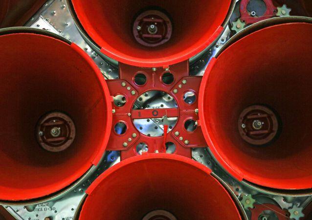 """俄动力机械科研生产联合体进行""""联盟-5""""运载火箭发动机首次点火试验"""