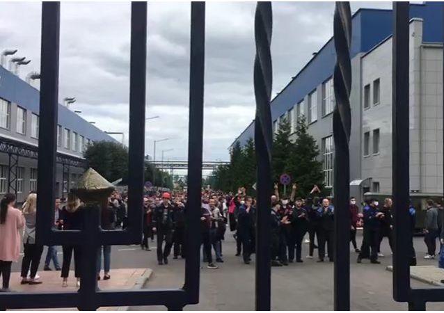 白俄罗斯汽车厂的抗议活动
