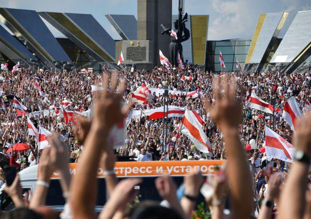 卢卡申科:西方国家资助白俄罗斯的抗议活动