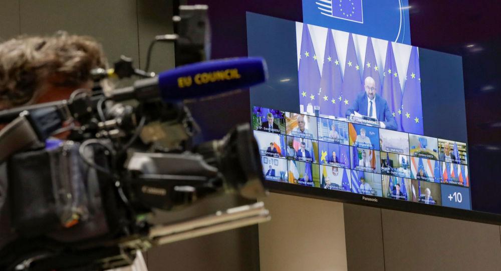 欧洲理事会主席向普京通报欧盟3月份就欧俄关系举行辩论的计划