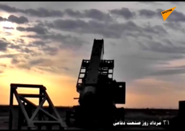 """伊朗发射""""苏莱曼尼""""导弹"""