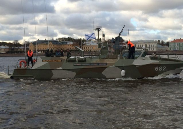 俄开始测试安装在海军轻型块艇上的作战模块