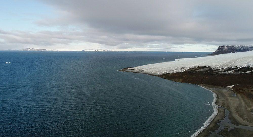 北极平均气温50年来升高近3摄氏度