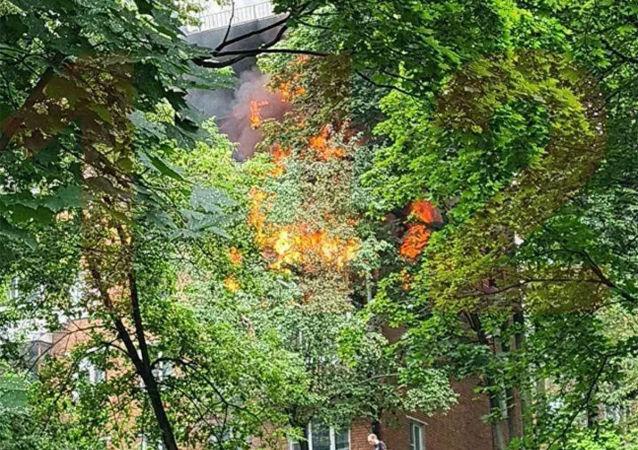莫斯科西部一栋五层楼发生煤气爆炸