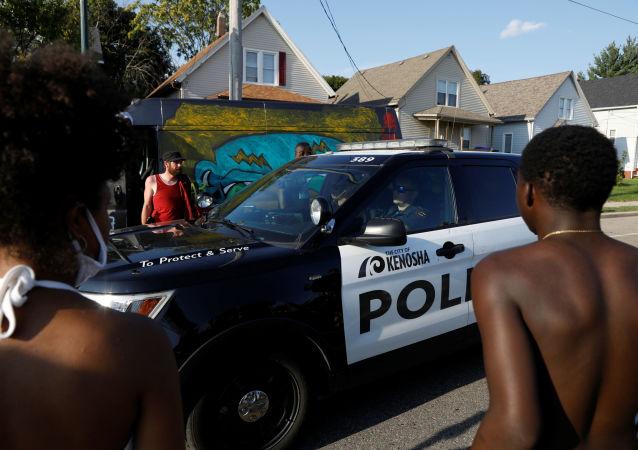 华盛顿警察击毙一名非裔美国男子