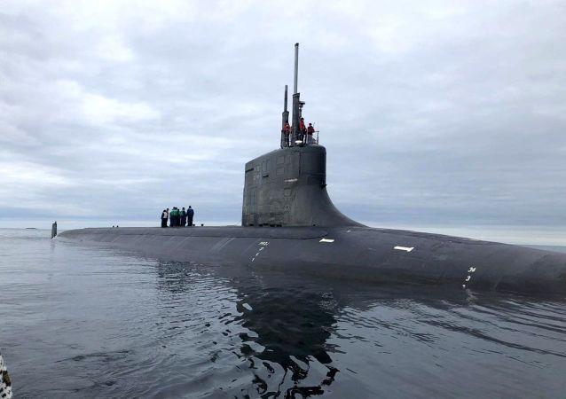 """美国借助秘密潜艇向俄罗斯发送了""""信号"""""""