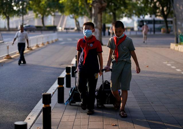 中国两家在线教育APP分别被市场监管部门处250万顶格罚款