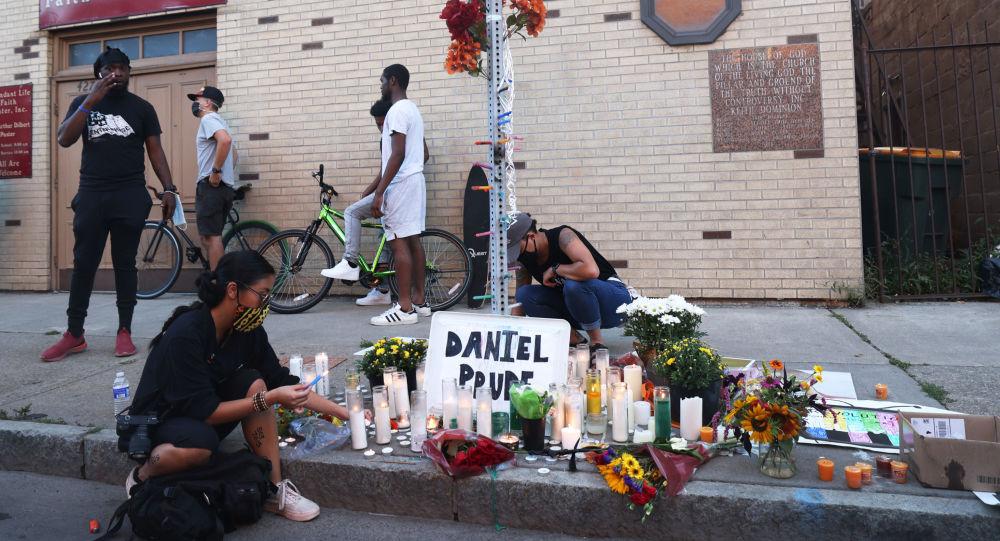 非裔美国人丹尼尔∙普鲁德死亡案7名涉案警员停职