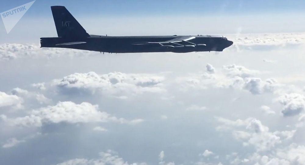 B-52H轰炸机