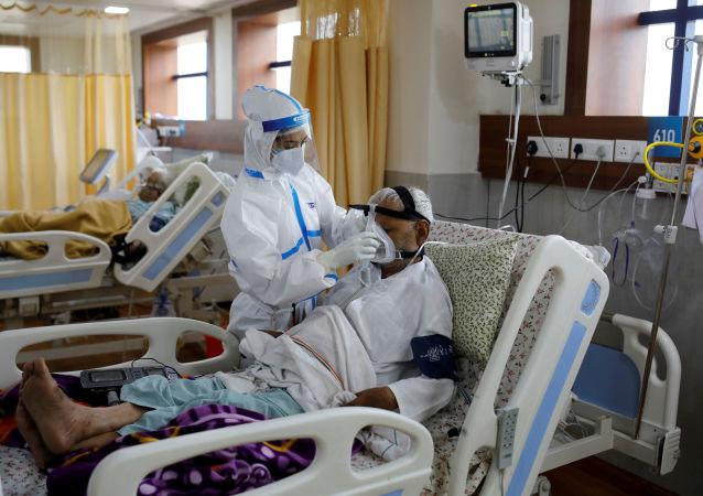 世卫组织:全球新增确诊新冠病毒感染病例连续三日创新高