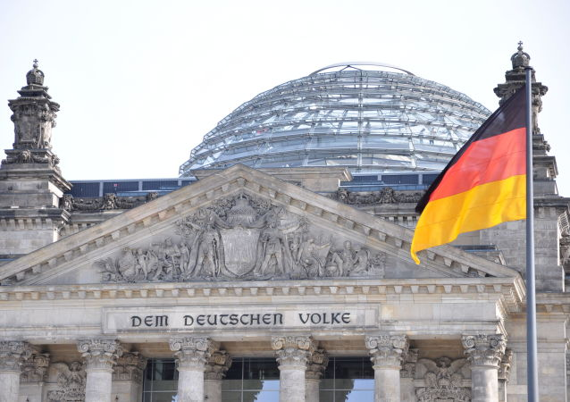 德国经济和能源部长:第二波COVID-19疫情尚未触及经济