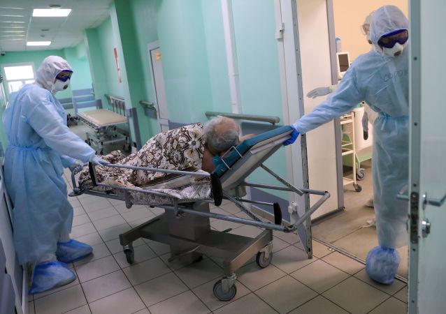 俄防疫指挥部:俄单日新增新冠病毒感染病例超1.6万例