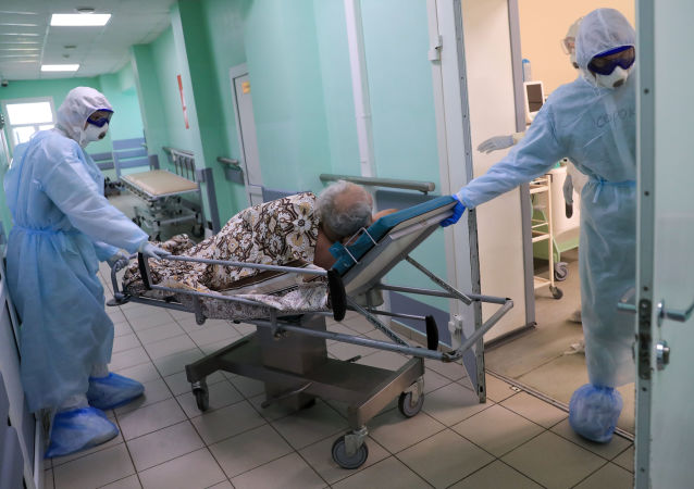 俄防疫指挥部:俄单日新增新冠病毒感染病例14231例 累计超134万例