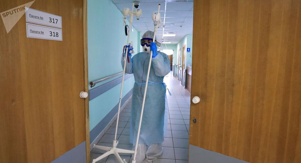 俄防疫指挥部:俄单日新增确诊新冠感染病例16521例 累计达1497167例