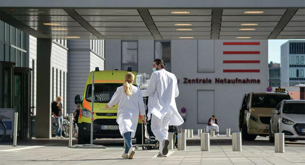 纳瓦利内仍然停留在德国 因为疗程还没有结束