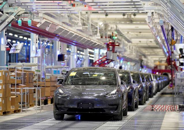 印度将使特斯拉在印生产的电动汽车比中国产更便宜