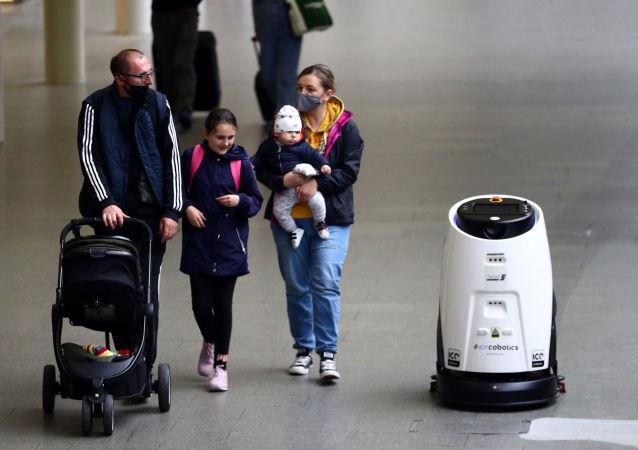 消毒机器人将在伦敦地铁上岗