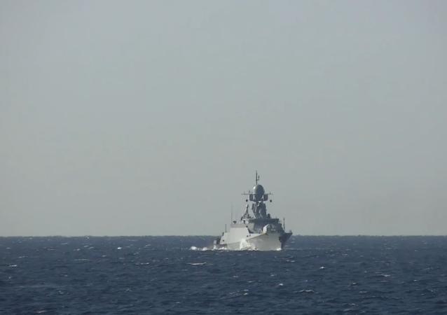 """黑海舰队军舰在""""高加索-2020""""演习期间向空中目标开火"""