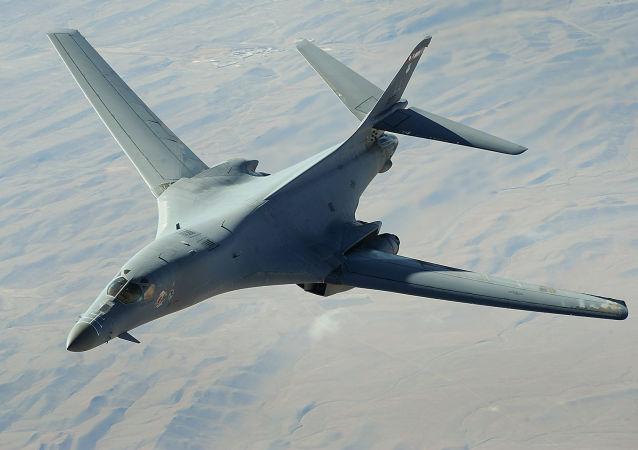 美国空军В-1В战略轰炸机