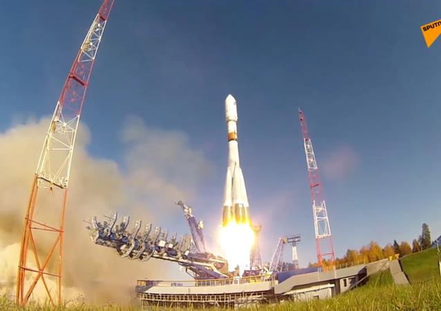 """俄""""联盟-2""""号运载火箭从普列谢茨克发射场成功发射"""