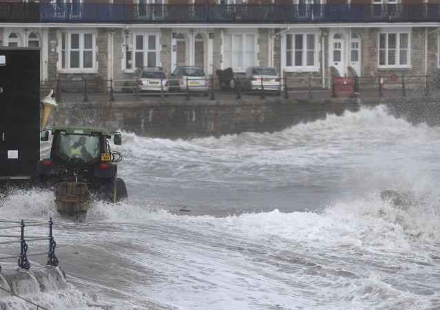 美国田纳西州洪水已致4死1伤 资料图