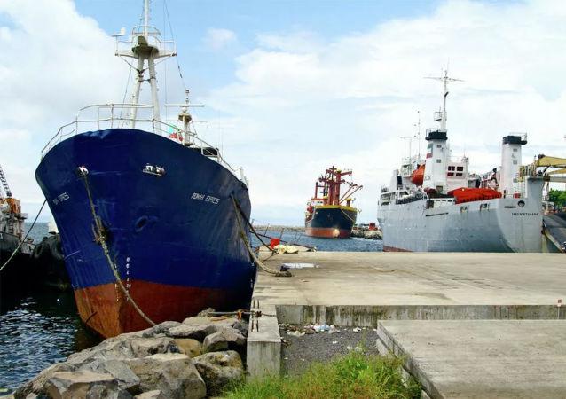 5月在赤道几内亚水域被海盗绑架的俄海员已被释放
