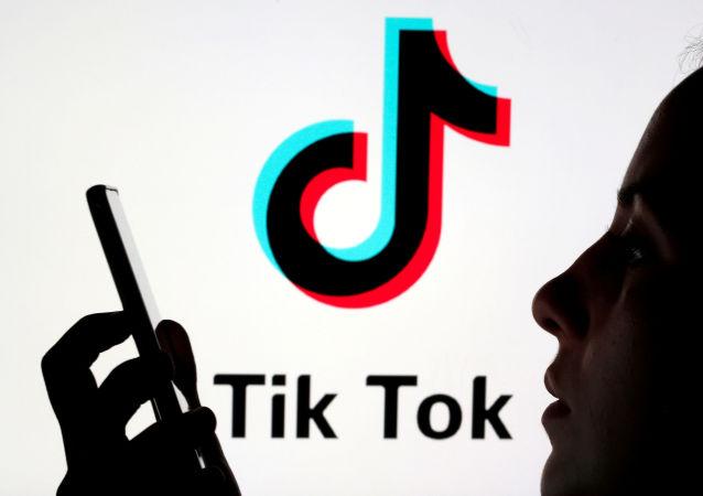 禁止TIKTOK和微信违反世贸规则
