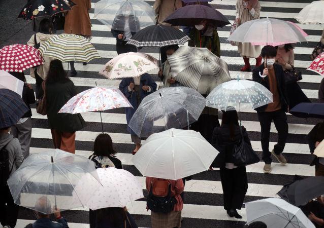 东京单日新增新冠确诊病例创纪录