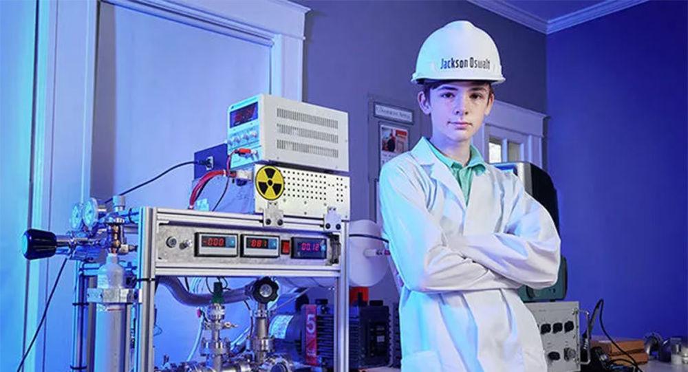 美国一少年在家组装了一个核反应堆