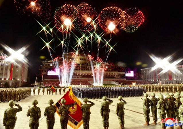 韩国专家评朝鲜阅兵式上的新型武器