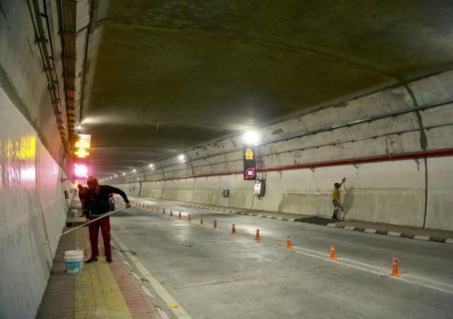 阿塔尔隧道位于印度北部喜马偕尔邦