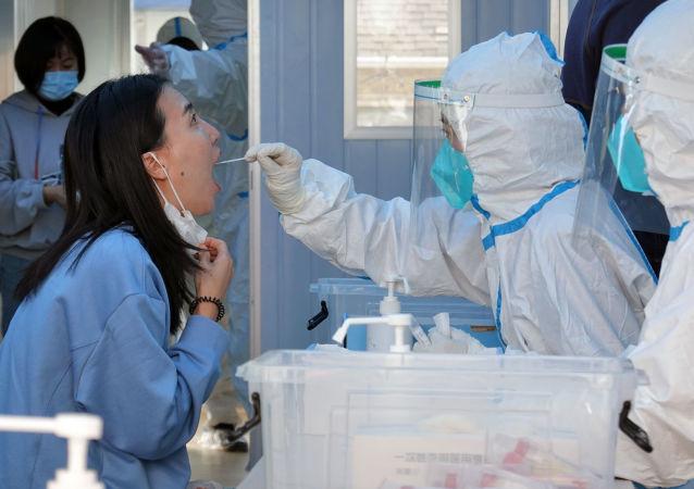 青岛卫健委:已采样超560万份开展新冠病毒核酸检测