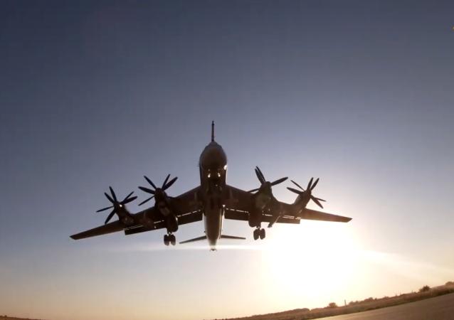 图-160和图-95MS的检查试验飞行