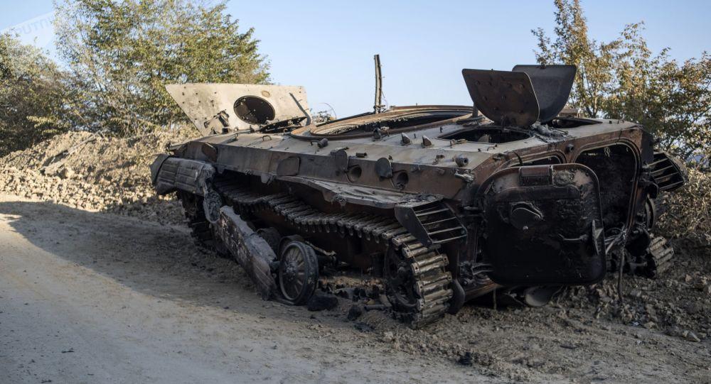 阿塞拜疆国防部称在纳卡使亚美尼亚一个营失去战斗力
