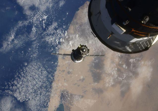 """俄航天集团申请1.5万亿卢布用于建立""""球体""""卫星系统"""