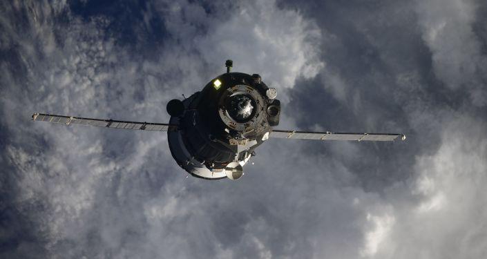 NASA与Axiom公司签约明年将一名游客送上太空