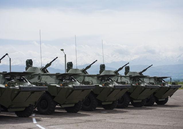 BRDM-2装甲侦察巡逻车