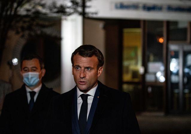 法国总统:巴黎附近历史教师遇害事件是恐袭