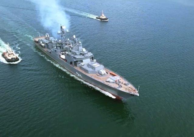 俄太平洋舰队舰艇在日本海用鱼雷和炸弹攻击假想敌潜艇