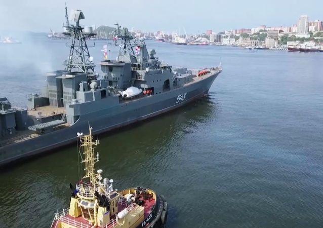 """俄太平洋舰队""""沙波什尼科夫海军上将""""号改进型护卫舰进入日本海测试"""